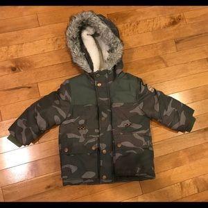 Oshgosh 2t  toddler winter jacket camouflage.